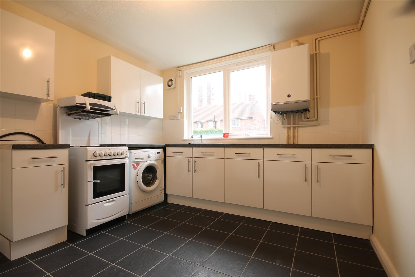Coppice Way Newcastle Upon Tyne, 3 Bedrooms  House - semi-detached ,1 Receptions ,To Let